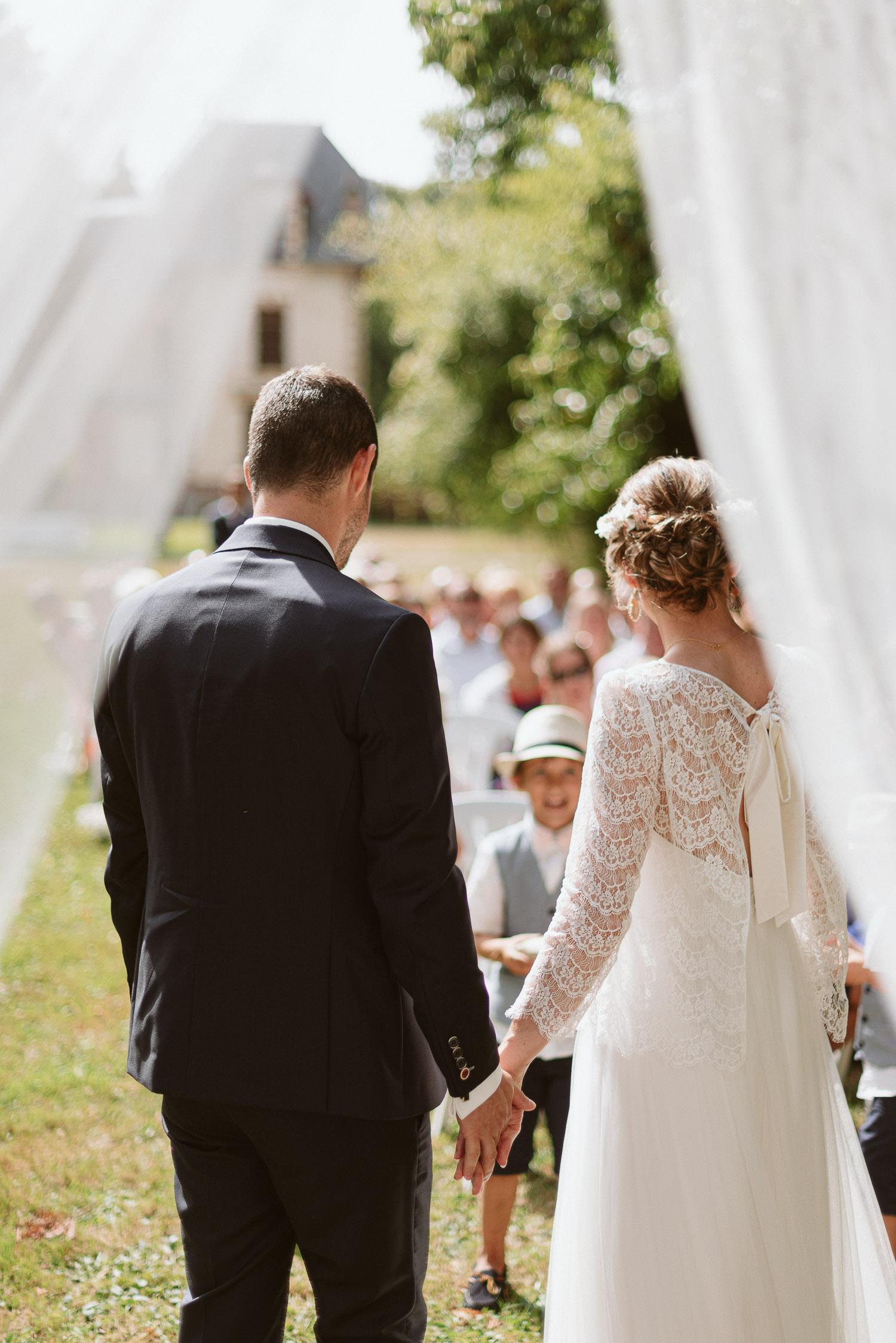 julien-saura-haras-reuzel-couple-ceremonie-laique